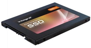 Integral P 240gb SSD SATA 6Gb/S  3D TLC 560MBs/540MB/s