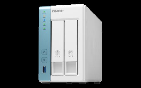QNAP NAS strežnik za 4 diske, 4GB ram, 2.5Gb mreža
