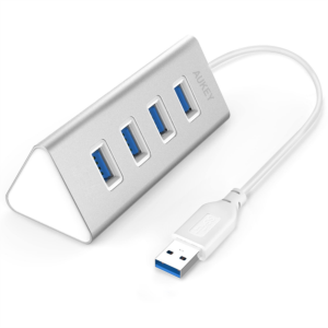 Aukey 4-portni USB 3.0 hub triangle aluminijast