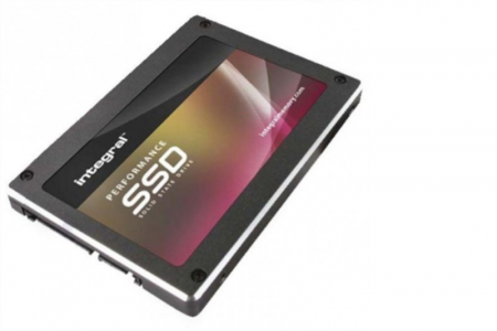 Integral 240GB SSD P Series 4 SATA3 2.5'' + 9mm adapter