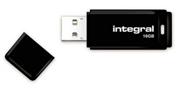 INTEGRAL BLACK 16GB USB2.0 spominski ključek