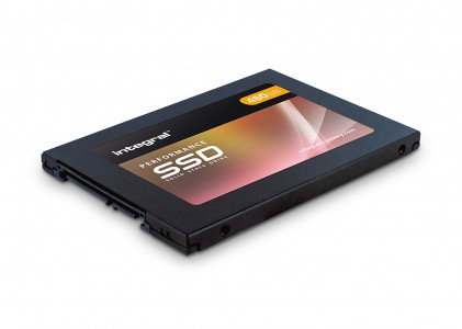 Integral P 480gb SSD SATA 6Gb / S 3D TLC 560MB / 540MB / s
